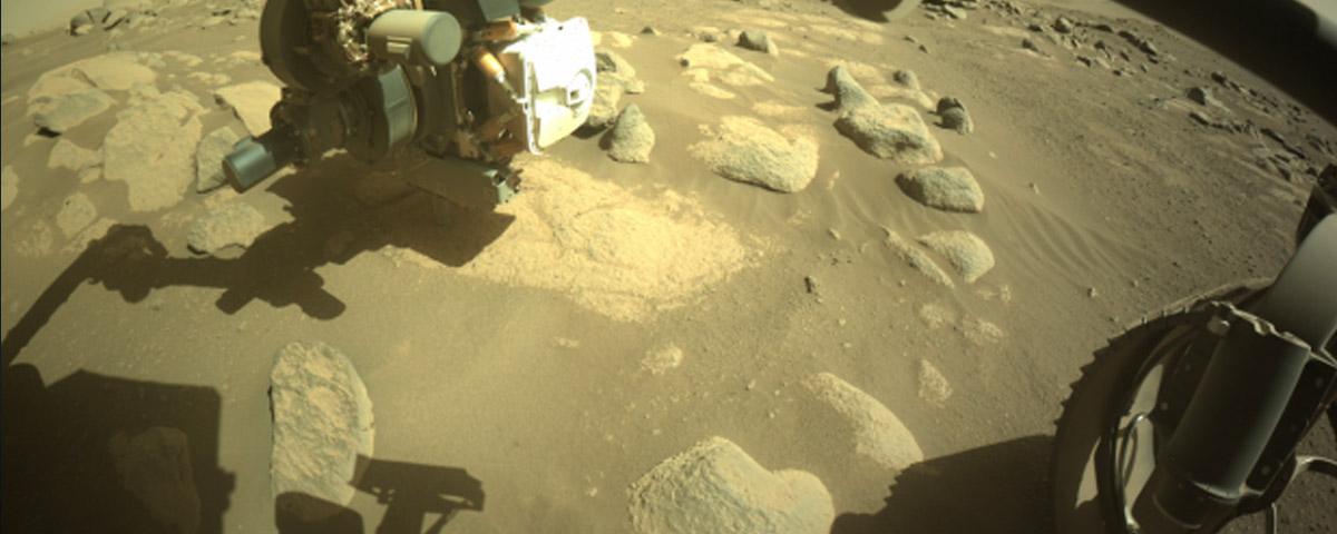 NASA compartilha imagem do solo de Marte em altíssima resolução utilizando Rover Perseverance